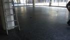 Teppichkleber von Granit entfernen